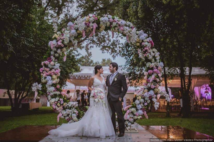 25 Aros De Flores Para Boda Para Un Romance Redondo